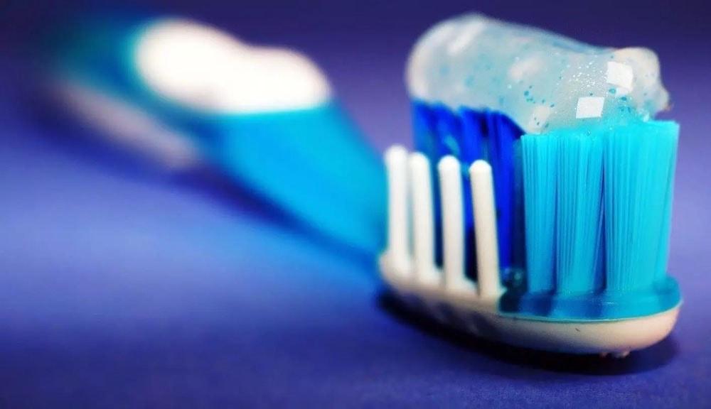 مراقبت های روزمره از دندان