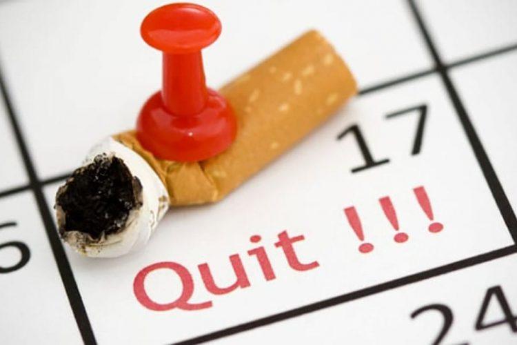 چرا دندانپزشکم میخواهد که سیگار را ترک کنم؟